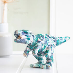 Kreative ideer til børn – Decopage dinosaurus